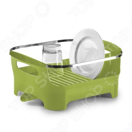Сушилка для посуды Umbra BasinСушилки для посуды<br>Сушилка для посуды Umbra Basin представляет собой замечательный аксессуар для вашей кухни, с помощью которого вам удастся удобно и рационально управляться со своей посудой. Удобные ручки для переноски, желобки для стекающей с тарелок воды, специальный носик, через который стекает вся ненужная вода, а так же высококачественный пластик, из которого изготовлена вся конструкция, делают сушилку Umbra Basin замечательным помощником на вашей кухне.<br>