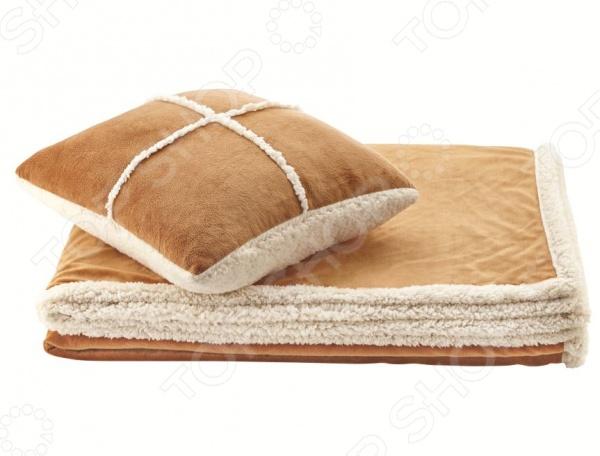 Фото Набор Dormeo Warm Hug: декоративная подушка и плед. Цвет: бежевый