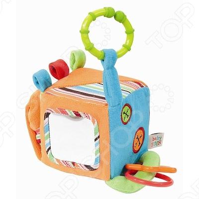 Развивающий куб Медвежонок Оскар - это замечательный подарок для вашего малыша. Игрушка яркая и подарит ребенку массу положительных эмоций. На одной из граней куба расположено безопасное зеркальце, на другой - небольшой кармашек для платочка или салфетки. К вершинам куба пришиты веревочки с прорезывателем, мягкой пищалкой, погремушкой и кольцом, за которое игрушку можно подвесить. Куб изготовлен из разных на ощупь материалов, абсолютно безопасных для детей. Ваш малыш обязательно оценит игрушку и будет увлеченно играть, развивая мелкую моторики рук, слуховое и зрительное восприятие.