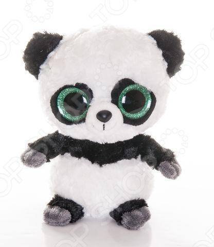 Мягкая игрушка AURORA «Юху и друзья. Панда с блестящими глазами» 20 смМягкие игрушки<br>Игрушка мягкая AURORA Юху и друзья. Панда с блестящими глазами 20 см станет отличным подарком вашему малышу. Она изготовлена специально для поклонников анимационного мультфильма Юху и друзья и предназначена для детей в возрасте от 3 лет. Очаровательная панда с большими блестящими глазками никого не оставит равнодушным, подарит вам и вашим детям умиление и радость. Изделие выполнено из высококачественного гипоаллергенного искусственного мех с набивкой из полиэфирных волокн. Игрушку можно стирать в машинке при 30 , не опасаясь ее деформации и изменения цвета.<br>