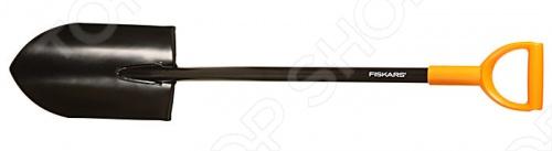 Лопата садовая для земляных работ Fiskars Эргокомфорт 131921 предназначена для перекопки почвы на садово-огородных участках. Благодаря заточенному лезвию лопата хорошо вскапывает даже твердую, каменистую почву. У нее удобный и легкий черенок с эргономичным изгибом. Ручка выполнена из прочной и долговечной пластмассы, закруглена в форме буквы D и подходит для руки любого размера, для работы в перчатках и без них. Лезвие лопаты изготовлено из закаленной стали, не подверженной коррозии и устойчивой к перепадам температур. Длина лопаты - 113 см, что позволяет работать, не сгибая спину и не затрачивая лишних усилий.