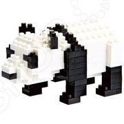 Мини-конструктор Nanoblock «Панда»Другие виды конструкторов<br>Мини-конструктор Nanoblock Панда это самый маленький в мире конструктор, который представляет собой удивительное творение японских инженеров. Высокоточные трехмерные модели стали очень популярны во всем мире, а теперь вы можете приобрести их и для своего ребенка. Высокое качество пластика, дизайн деталей и точная инструкция позволят добиться изумительной реалистичности у собранной модели. Сборка конструкции может занять от 10 минут до нескольких часов, ведь необходимо проявлять внимательность в подборе каждой детали. Собрав детали этого конструктора вы сможете получить фигурку басс-гитары, собранная фигурка сможет украсить интерьер детской комнаты. В комплекте вы найдете 150 деталей разных цветов, подставку, графическую инструкцию и запасные детали. Для ребенка очень полезно собирать конструкторы такого типа, ведь развивается мелкая моторика рук, логическое и пространственное мышление, усидчивость и координация движений.<br>