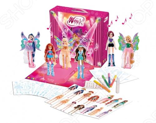 Набор для девочек Smoby WinxНаборы для создания украшений<br>Набор для девочек Smoby Winx станет отличным подарком для маленькой модницы. Набор представляет собой коробку-подиум в которой находятся музыкальная дорожка для моделей и 6 пластиковых держателей для бумажных моделей, маркеры, цветной клей, листы с нарисованными моделями и костюмами. Теперь модниц Winx можно наряжать в самые разнообразные наряды и сделать настоящий показ мод.<br>