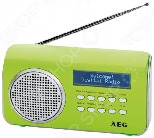 Радиоприемник AEG DAB 4130 для прослушивания любимых радиостанций. Это компактный переносной приемник, работающий от четырех AA батареек в комплект не входят . Однако его можно подключить и к сети. Работает в FM диапазоне и DAB цифровое радиовещание . Индикация частоты осуществляется при помощи ЖК-дисплея. У приемника имеется встроенный динамик. Возможно подключение наушников к разъему mini jack 3.5 мм. Есть функция будильника и режим ожидания. Модель доступна в разных цветах. Компания AEG была основана в 1887 году и стала пионером в области немецкой электроники. Они достигли больших высот, следуя девизу Идеальный по форме и функциям . Сегодня производитель предлагает богатый ассортимент товаров высокого качества.
