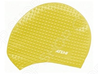 Шапочка для плавания ATEMI BS30Шапочки для плавания взрослые<br>Шапочка для плавания ATEMI BS30 прекрасно защитит ваши волосы при посещении бассейна. Она легко надевается и снимается, не липнет к волосам и не требует особого ухода. Шапочка выполнена из высококачественного силикона, который благодаря своей эластичности подходит к любому размеру головы и не вызывает аллергических реакций при долгом прикосновении с кожей.<br>