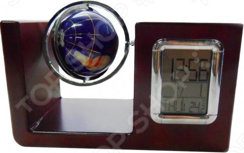 Часы настольные 31 ВЕК VWG-5534Часы настольные<br>Часы настольные 31 ВЕК VWG-5534 это сочетание непревзойденного качества и стильного лаконичного дизайна. Они, как нельзя лучше, впишутся в интерьер вашего кабинета или гостиной комнаты. Модель оснащена кварцевым часовым механизмом, отличающимся высокой точностью хода, надежностью и ударопрочностью в сравнении с механическим. Часы выполнены из натурального дерева и снабжены встроенным календарем, подставкой для канцелярских принадлежностей и маленьким глобусом. Изделие работает от двух батареек типа LR1130 в комплект поставки не входят .<br>