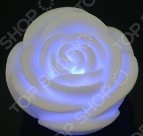 Свечка светодиодная «Роза»Ночники<br>Свечка светодиодная Роза используется не только для создания романтической атмосферы, но и как ночник, безопасный для детей. Роза станет приятным подарком любимым, родным и близким. В выключенном состоянии розочка белого цвета. При включении свеча меняет цвета. Вариаций цветов несколько: красный, желтый, голубой, зеленый, оранжевый, пурпурный. Мерцающий свет излучают несколько экономных светодиодов. Порадуйте себя и или своих любимых таким приятным и оригинальным подарком, как свечка светодиодная Роза !<br>