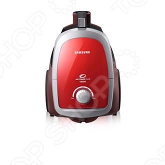 Пылесос Samsung SC 4752 обладает высокими дизайнерскими и эстетическими характеристиками, а также немалыми способностями и в технической области. У пылесоса имеется ряд таких несомненных и очень полезных технических новшеств, которые положительно отличают его от старых моделей пылесоса как контейнер для сбора пыли, фильтр у мотора пылесоса, несколько видов насадок предназначенных для сбора пыли не только с пола, но и с мягкой мебели и ковров. Стильный пылесос без мешка для сбора пыли, с большим контейнером емкостью 2 литра. Технология Twin Chamber System гарантирует качественную уборку, поддерживая высокую мощность всасывания даже при заполненном пылесборнике.