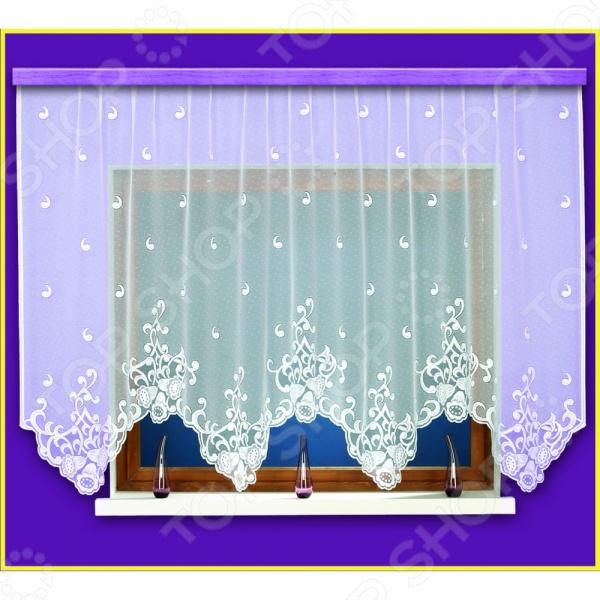 Гардина Haft 10570-160Занавески. Гардины. Тюли<br>Гардина Haft 10570-160 это качественный оконный занавес, который преобразит интерьер и оживит атмосферу, придав всей комнате домашний уют, завершенность и оригинальность. Гардина изготовлена из полиэстера, который практически не мнется, легко отстирывается от загрязнений, не притягивает пыль и не требует глажки. Благодаря этому ткань способна выдержать сотни стирок без потери цвета и прочности. Обычные материалы со временем выгорают, на них собирается пыль, появляются неприятные запахи. С полиэстером этого не происходит гардина почти не пачкается и не впитывает запахи, при этом вы очень легко ее постираете и высушите. Интерьер квартиры или дома, в котором окна не украшены занавесом, сегодня трудно представить, поэтому гардина станет отличным подарком для любого человека. Купить гардину способ недорого, быстро и изящно преобразить дизайн домашнего интерьера!<br>