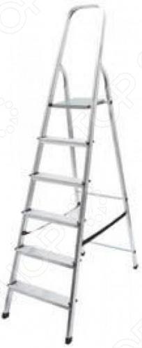 Лестница-стремянка алюминиевая мобильна благодаря своим небольшим размерам. Противоскользящая поверхность опорной площадки обеспечивает дополнительную надежность и безопасность при работе на стремянке. Может использоваться в быту, на даче или дома.