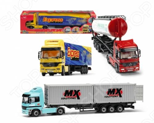 Машина грузовик-трейлер игрушечная dickie. В ассортиментеМашинки<br>Товар продается в ассортименте. Вид изделия при комплектации заказа зависит от наличия товарного ассортимента на складе. Машина грузовик-трейлер игрушечная dickie отличный подарок для вашего малыша. С такой игрушкой ребенок познакомится с окружающим миром, узнает о новой профессии такой, как водитель грузовика. Задние двери транспорта открываются, что дает возможность положить различные грузы для перевозки во внутрь. Наличие колесиков у игрушки позволит катать ее в любых направлениях. Игрушку можно взять с собой на прогулку или играть с ней дома. Машина грузовик-трейлер игрушечная dickie придется по вкусу вашему малышу.<br>