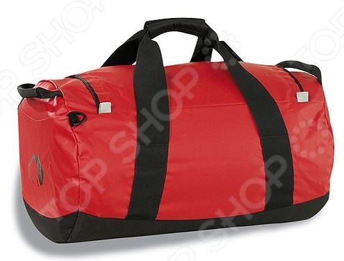 Сумка Tatonka Barrel это прочная и просторная дорожная сумка, которую по достоинству оценят любители путешествий. Исключительная прочность сумки достигнута благодаря уникальной комбинации материалов Textreme и Tarpaulin. Вы можете использовать эту сумку и как рюкзак, для этого в ней предусмотрены специальные убирающиеся ручки. У сумки мягкое дно, а под крышкой есть сетчатый карман для хранения мелочей, которые всегда должны быть в дороге под рукой. С обеих сторон есть прорезиненные ручки, так что сумка не будет скользить в руках. Дорожная сумка Tatonka Barrel - классика туристической экипировки. Модель уже более 15 лет пользуется успехом у путешественников. Если вы цените мобильность, не любите угловатые чемоданы и с легкостью переносите свой багаж на собственных плечах - эта прочная сумка для путешествий ваш идеальный спутник! Преимущества сумки Tatonka Barrel  Особо прочные материалы.  Дно с мягкой подкладкой.  Сетчатый карман под крышкой.  Широкие ручки для переноски.  Скрытые плечевые ремни.  Именная табличка.  Сумки серии Barrel производятся на любой вкус и размер. В зависимости от габаритов изделия объем сумки варьируется от 45 до 130 литров.