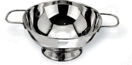 Дуршлаг Vitesse Pascale используется на кухне при приготовлении блюд. Он предназначен для отделения жидкости от твёрдых веществ, например, после варки макарон, круп, картофеля и пр. Дуршлаг диаметром 18 см изготовлен из нержавеющей стали 18 10 с зеркальной полировкой. Можно мыть в посудомоечной машине.