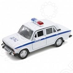 Модель машины 1:34-39 Welly «Lada 2106. Милиция ДПС»Модели авто<br>Модель машины 1:34-39 Welly Lada 2106. Милиция ДПС это коллекционная модель, которая является копией настоящего автомобиля. Она изготовлена из металла с элементами пластика. У машинки открываются двери, двигаются колеса. Машинка является отличным подарком не только ребенку, но и коллекционеру. Однако, во время игры с такой машинкой у ребенка развивается мелкая моторика рук, фантазия и воображение.<br>