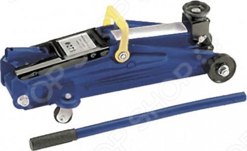 Домкрат гидравлический FiT для подъема грузов на высоту 130-350 мм. Принцип его действия основан на перемещении поршня плунжер домкрата с помощью создающего давление рабочей жидкости гидравлическое масло приводного насоса, за счет чего происходит подъем груза. Отличительная черта такого типа домкратов является большая грузоподъемность при небольших усилиях.