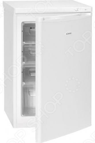 Морозильная камера Bomann GS 199 высотой 85 см позволяет хранить замороженные продукты при температуре минус 18 градусов, замораживать кубики льда и свежие продукты питания. Внутренняя камера объемом 88 литров оборудована выдвижными прозрачными ящиками. Мощность замораживания составляет 6 кг продуктов за сутки, а длительность хранения при отключенной электроэнергии 12 часов. Для удобства в установке морозильная камера Bomann GS 199 оборудована регулируемыми по высоте ножками и дверцей навешиваемой как на правую, так и на левую сторону. Потребление электроэнергии в морозильной камере Bomann GS 199 наивысшего класса А значительно снижено, он экономичен и вносит активный вклад в защиту окружающей среды. Уплотнитель морозилки выполнен из материала с противогрибковым веществом, препятствующим образованию плесени, неприятного запаха и разрушению самого уплотнителя. Управление прибором осуществляется с помощью поворотного терморегулятора, расположенного на внутренней панели.