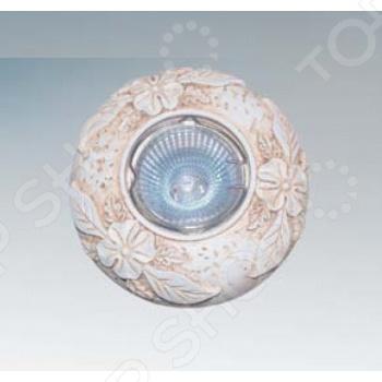 Светильник встраиваемый Lightstar Fenicia CR поможет создать желаемую атмосферу в помещении. Он рассчитан на 1 лампочку мощностью 50 Вт, которая легко осветит пространство до 3 кв.м. Встраиваемый светильник управляется с помощью выключателя. Металлический каркас спрятан под оригинальным пластиковым плафоном, который придаст интерьеру уют и индивидуальность. Для светильника подойдут лампы с цоколем GU5.3 и GU10 не входят в комплект .