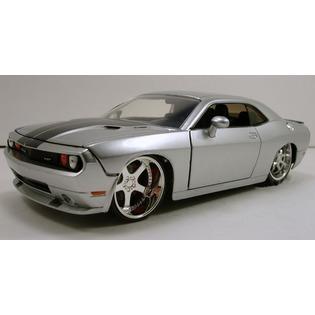 Купить Модель автомобиля 1:24 Jada Toys DODGE CHALLENGER SRT8 2008. В ассортименте
