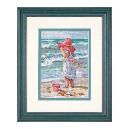 Купить Канва для вышивания Dimensions «Девочка на берегу»