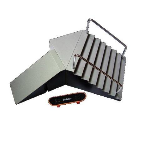 Купить Игрушка Фингерскейт с платформой Sbego HY9935