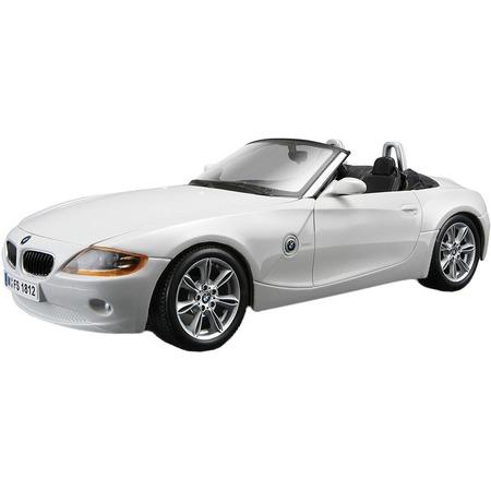 Купить Модель автомобиля 1:24 Bburago BMW Z4. В ассортименте