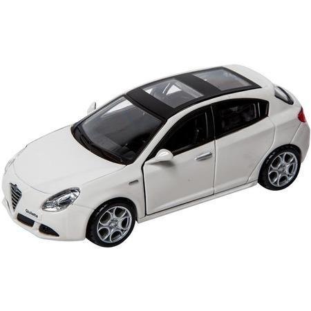 Купить Модель автомобиля 1:32 Bburago Alfa Romeo Giulietta. В ассортименте
