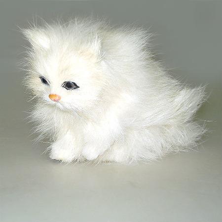 Купить Сувенир из меха «Котенок»