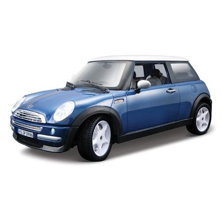 Купить Модель автомобиля 1:24 Bburago Mini Cooper. В ассортименте