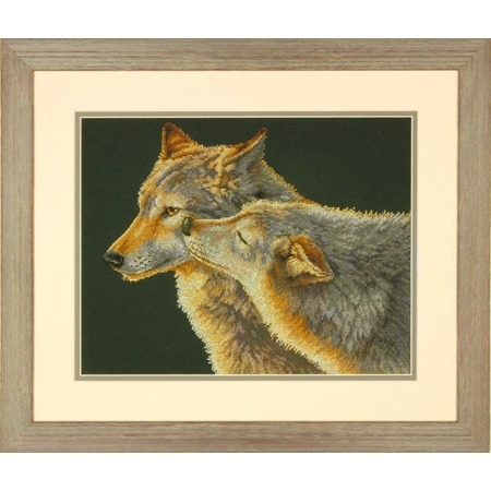 Купить Канва для вышивания Dimensions «Поцелуй волка»