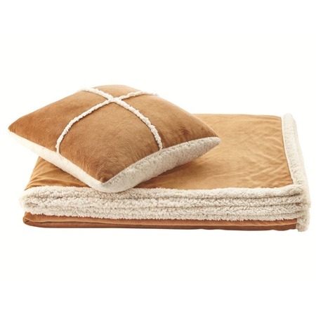 Фото Набор Dormeo Warm Hug: одеяло и подушка. Цвет: бежевый