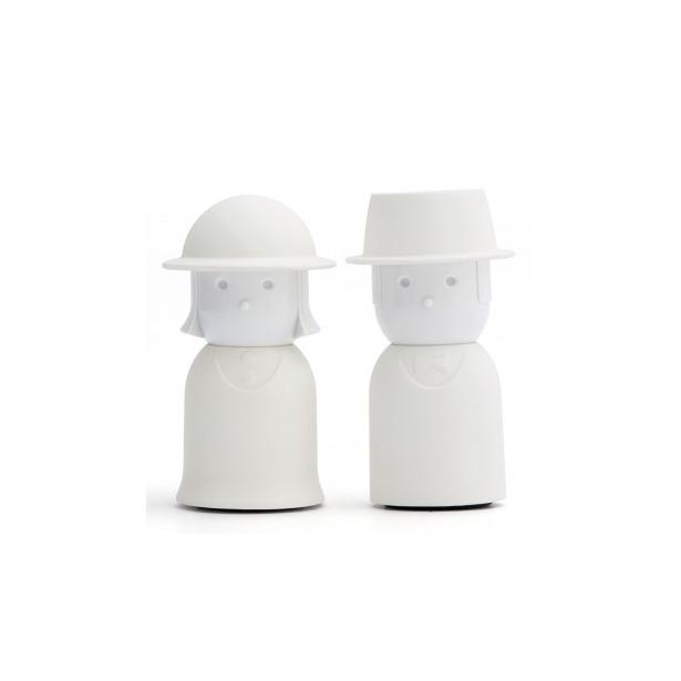 фото Солонка и перечница Qualy Mr. Pepper & Mrs. Salt. Цвет: белый