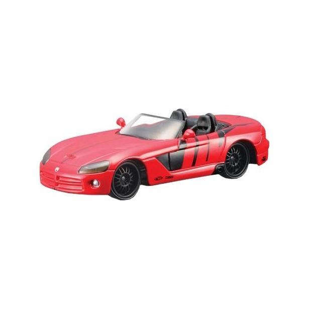 фото Модель автомобиля 1:43 Bburago Dodge Viper SRT-10