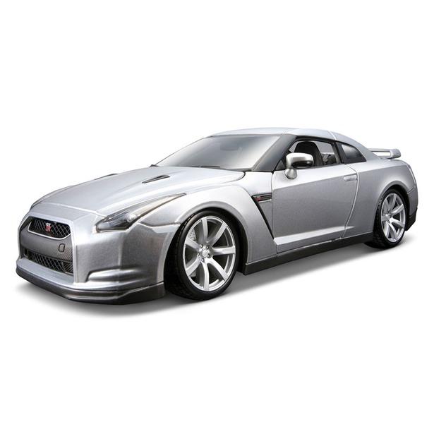 фото Модель автомобиля 1:18 Bburago Nissan GT-R. В ассортименте