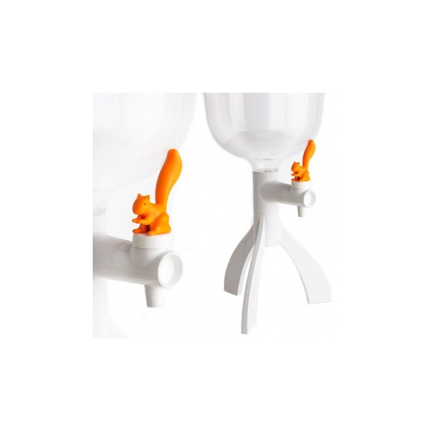 фото Кулер настольный Qualy Thirsty Squirrel. Цвет: оранжевый, белый