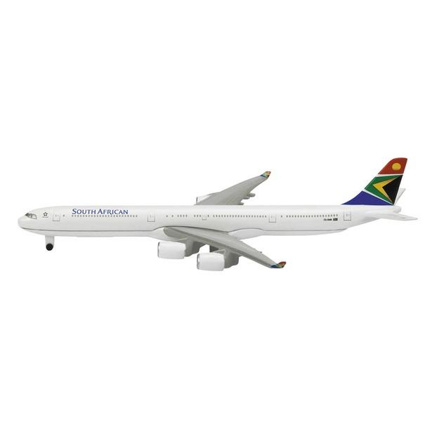 фото Модель самолета 1:600 Schabak South African A340-600