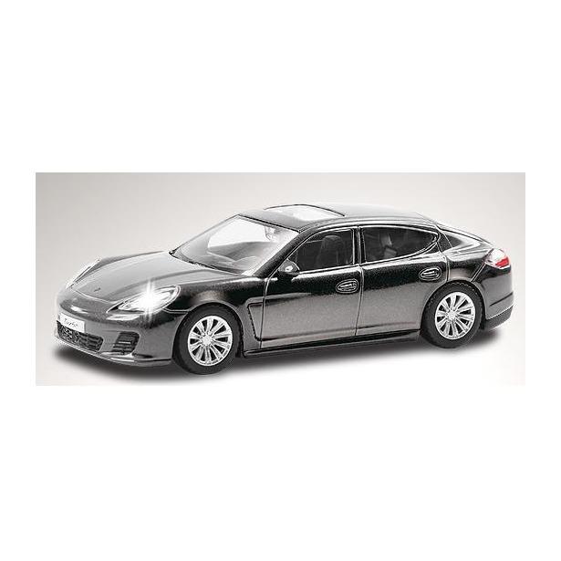 фото Модель автомобиля RMZ City Porsche Panamera. В ассортименте