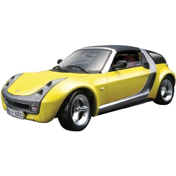 фото Модель автомобиля 1:24 Bburago Smart Roadster Coupe