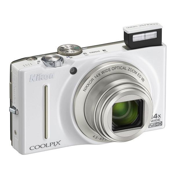 фото Фотокамера цифровая Nikon CoolPix S8200. Цвет: белый