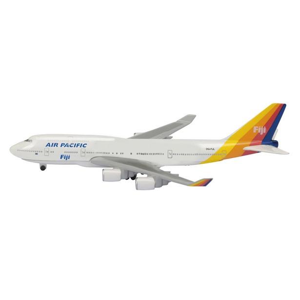 фото Модель самолета 1:600 Schabak Air Pacific B747-400