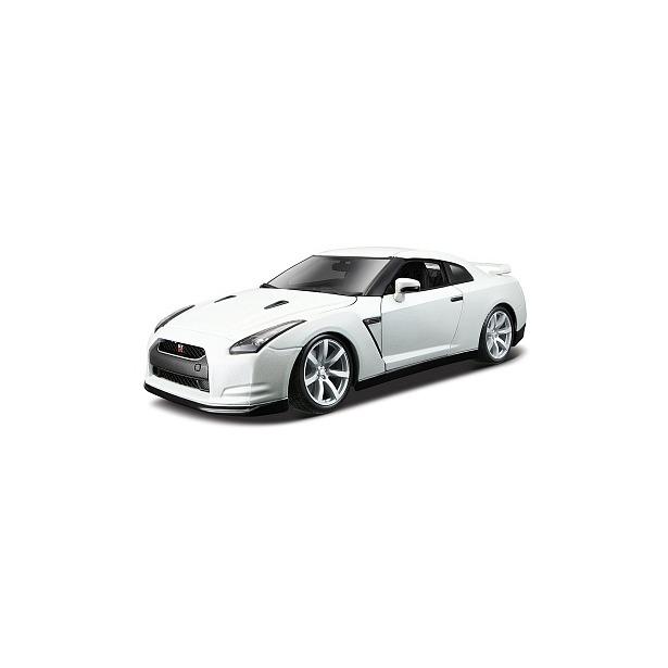 фото Сборная модель автомобиля 1:18 Bburago Nissan GT-R
