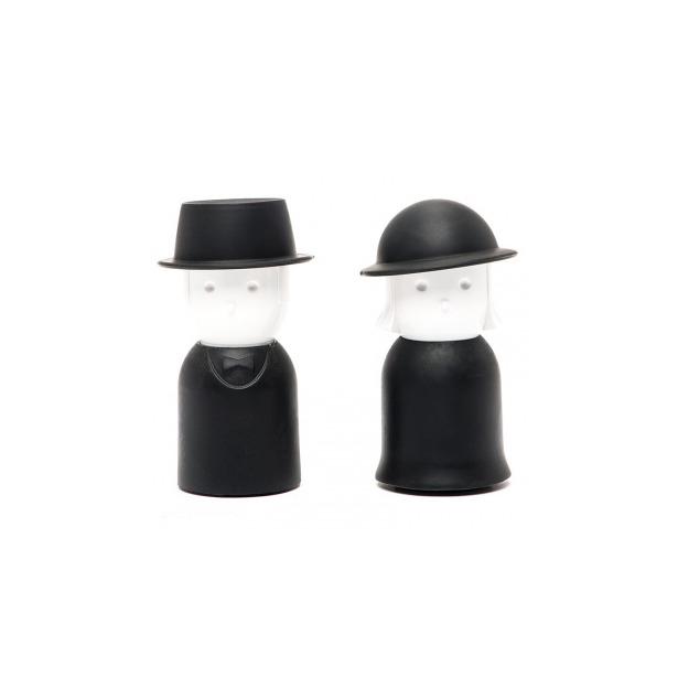 фото Солонка и перечница Qualy Mr. Pepper & Mrs. Salt. Цвет: черный, белый