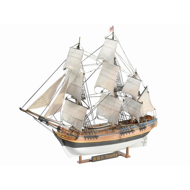 фото Сборная модель парусника Revell H.M.S. «Bounty»