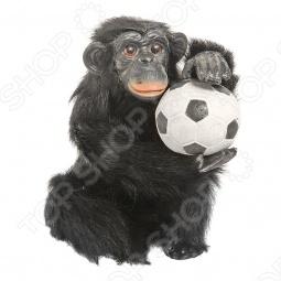 фото Сувенир из меха «Обезьянка с футбольным мячиком», Чучела животных. Сувениры из меха