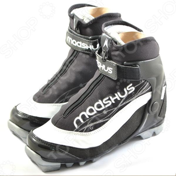 бежевые туфли сочетаются