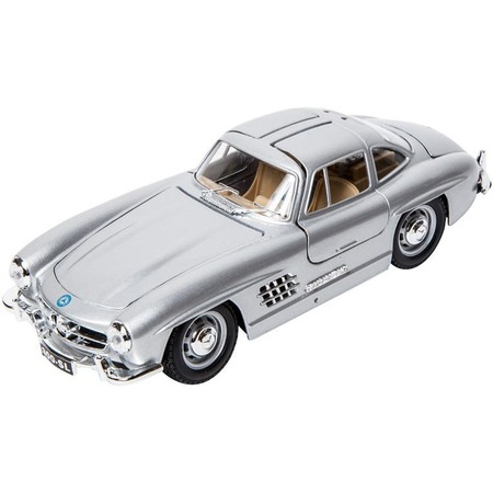 Купить Модель автомобиля 1:24 Bburago Mercedes-Benz 300 Sl
